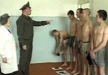 Попасть в армейские ряды стоит столько же, сколько «откосить». Фото grani.ru