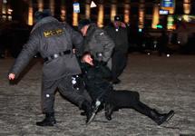 Задержания на Триумфальной 31 декабря. Фото Людмилы Барковой