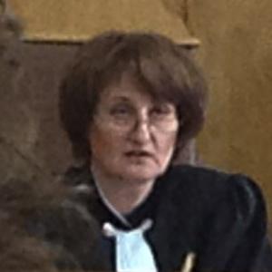Судья Мария Сырова. Фото из твиттера группы 'Война'