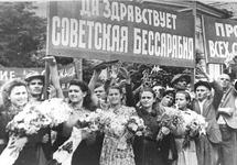 Парад в Кишиневе 4 июля 1940 года