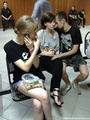 Процесс 12-ти. Жена Полиховича Татьяна, Александра Духанина с другом. Фото Дмитрия Борко/Грани.ру